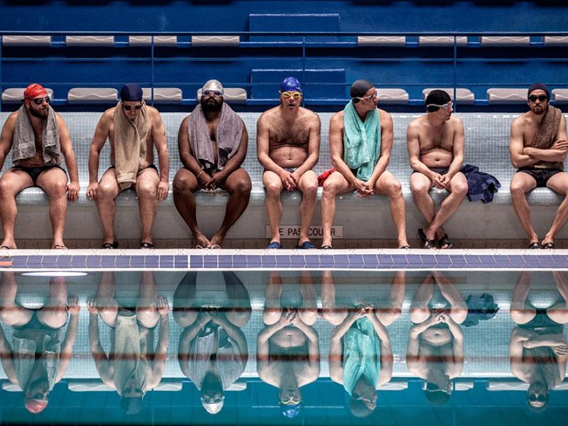 [수영장으로 간 남자들] 곡선과 직선의 조화, 그리고 '전주 돔'