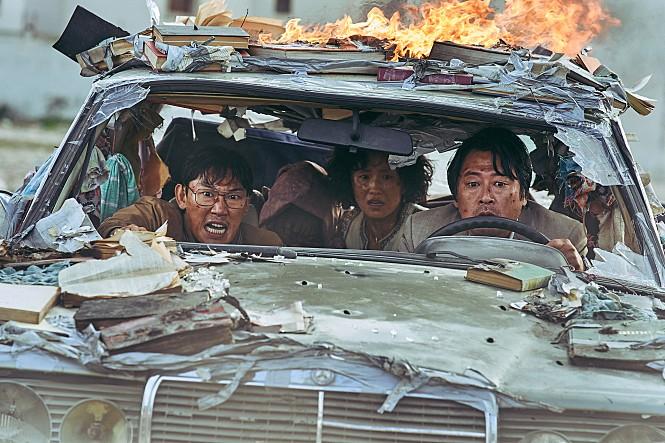 [모가디슈] 코로나 시대의 텐트폴 영화란 무엇인가